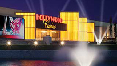 An outside view of Hollywood Casino in Columbus, Ohio, at night.